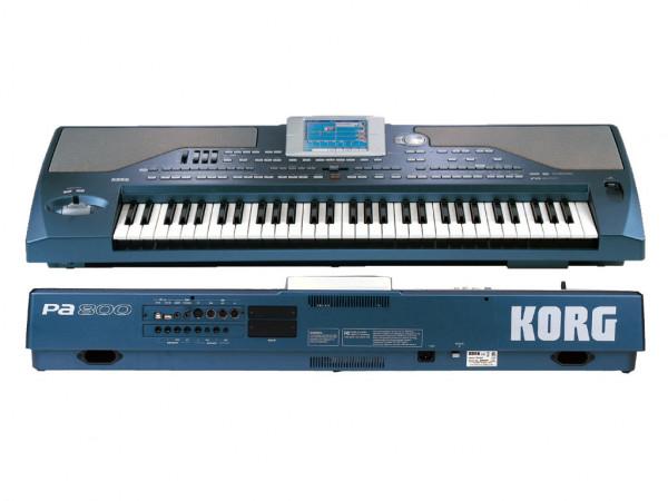 KORG PA800 V2